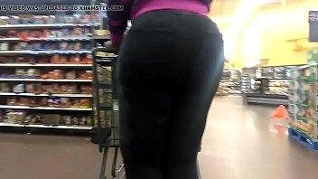 meaty donk amazon in cock-wringing ebony pants 2.