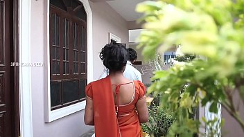 Village Aunty  Saree  Dropped Romantic Video