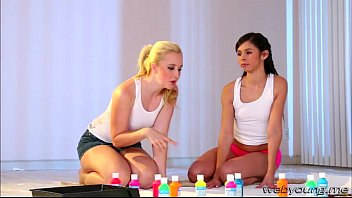 supah-cute ladies samantha and taylor goes girly-girl scissor lovemaking