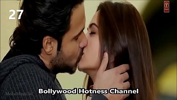 unseen indian actress smooching gig