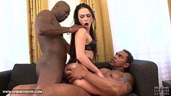 stunner in gonzo interracial penetrate she gulps jizm.