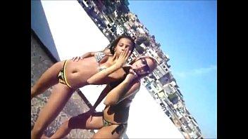 2 stunning brazilian teenies jiggling caboose