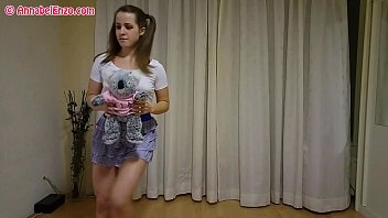 pantylessbraless upskirt workout with bear grizzly