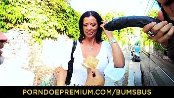 butts bus ndash_ gigantic bosoms german hook-up addict.