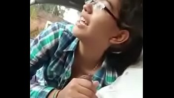 My college girlfriend mere sath Delhi car men blowjob