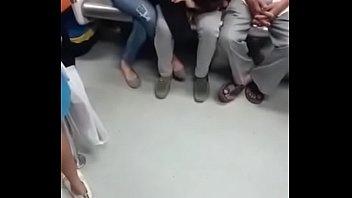 gargling in metro in delhi