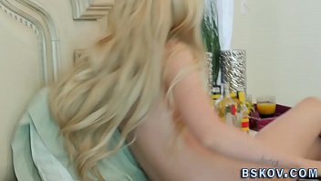 stunning adult vid starlet gets inserted