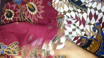 penetrate and jism again aunty039_s lungi textil motif.