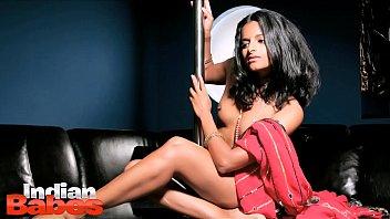 indian chick preeti nude flick