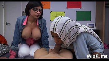 arab femmes love blowing bones a.