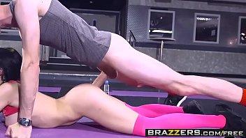 brazzers - phat boobies in sports - sophia.
