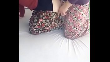 jilbab pantat lawan tete - bokepindohotpw