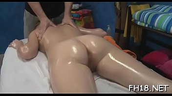 hottie gets her assfuck gap drilled for the.