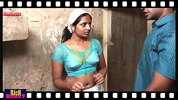 mallu scorching deep tummy button showcase