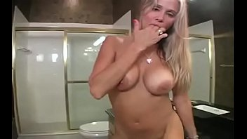 phat butt moms