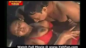 tamil actress pounding in swiming pool