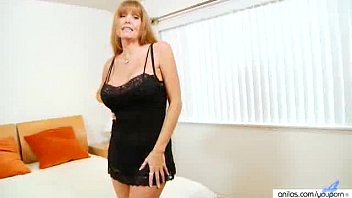 fat-titted mature sandy-haired darla crane