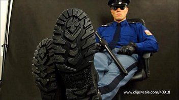 LICK BOOT FROM PRISON OFFICER - 082