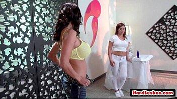 Sexy Big Tit Lesbian Babes Going Hardcore 14