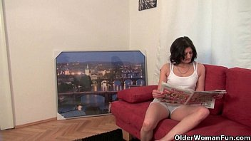 mom039_s here and wants hump