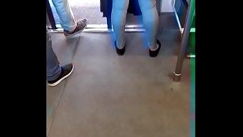 hermoso caboose en el metro