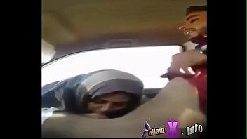salim romps female in the truck.