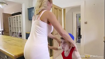 spanking my finest friend039_s mommy