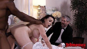 big-titted domme dana dearmond rails salami while spouse witnesses