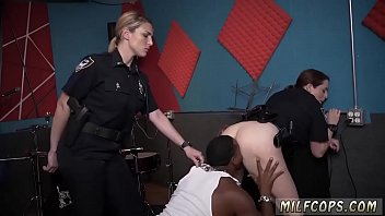 inexperienced security guard raw video grips police smashing a