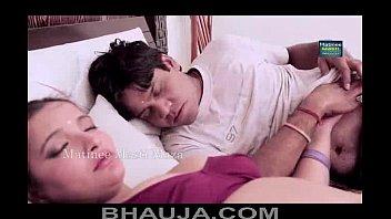 bhabhi ke saath romance aurat bankar bosoms press.