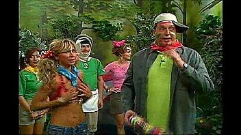 aylin mujica latin tv hostess oops.