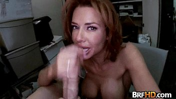 monstrous knocker cougar veronica avluv splashes in the.