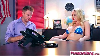 adult vid starlet supah-hot female kagney linn karter.