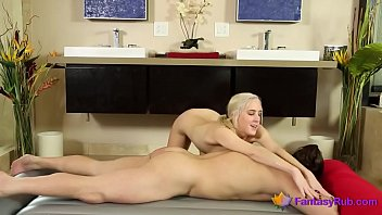 blond cowgirl gives a rubdown 11835