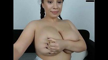 big boobs honey fuckbox demonstrating
