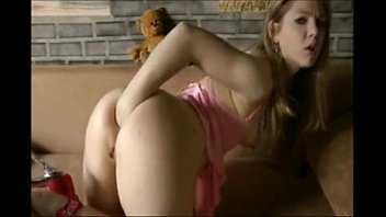 sizzling lady from loveforcamscom displaying what.