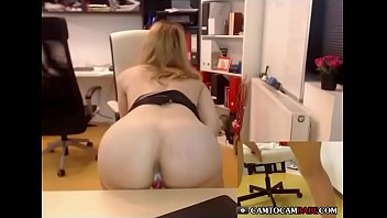 Blonde girl cummed creampie pussy so  wet