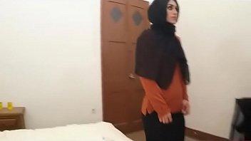 dark-hued masked arab teenie dirtbag blowing on huge.