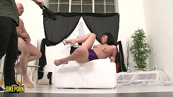 the perverse chinese ilona penetrates firm with her.