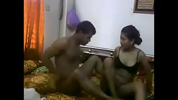 indian devar made honeymoon at home wither sista.