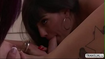 Latina babe Mercedes gets her pussy fucked by Tgirl River