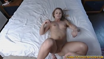 stepsis deep-throated down stepbrothers prick
