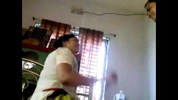 school schoolteacher pulverized his student mother to pass.