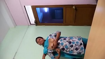 tamil chick doing with her beau