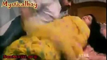 Telugu Aunty Boob Show more /