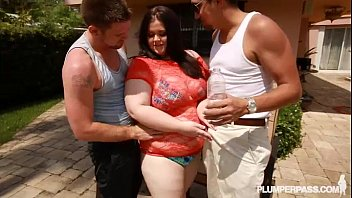 meaty backside plumper milky whore holly penetrates 2.