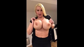 cougar unwraps and plays home alone