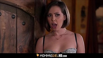 teenager jenna sativa romped by a mummy and.