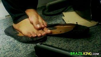 snooping on a bare brazilian ladies.