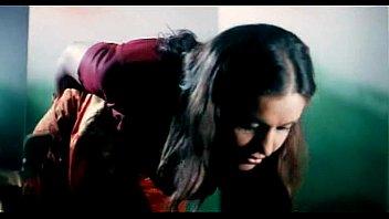 supah-steamy cleavage exposure b grade actress amrita dhanoa indian